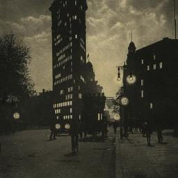Flatiron by Moonlight, N. Y...