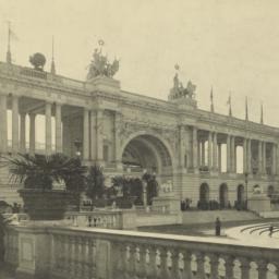 The     Colonnade. World's ...
