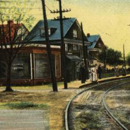 84th Street L Station, Bath...
