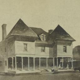 [Unidentified residence]