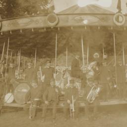 Carousels: Carousel with Ba...
