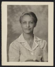 "Harrison, Irene Louise (""Lin"") Horton, undated : photograph"