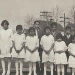 American Indian Girls in Wh...