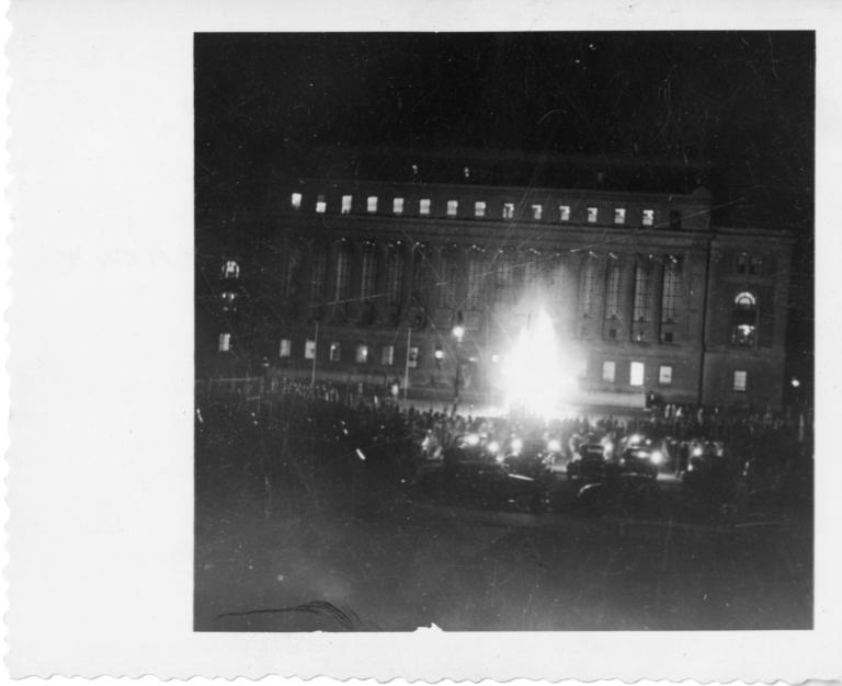 bonfire-in-front-of-butler-library